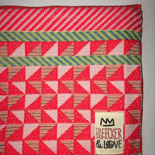 pochettes bleecker and love mrrocan orange le colibry concept store geneve
